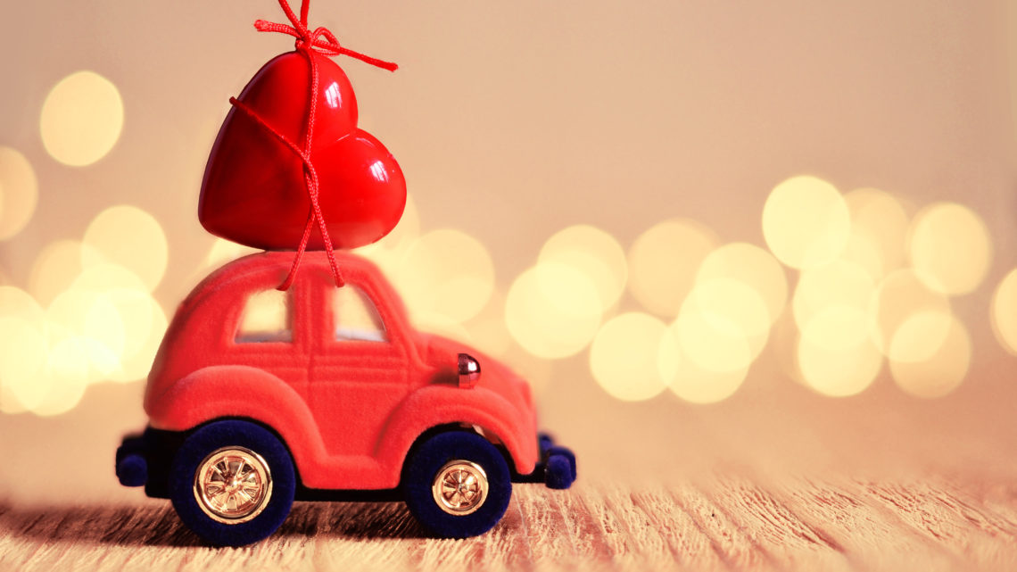 Saint-Valentin : l'amour en voiture !