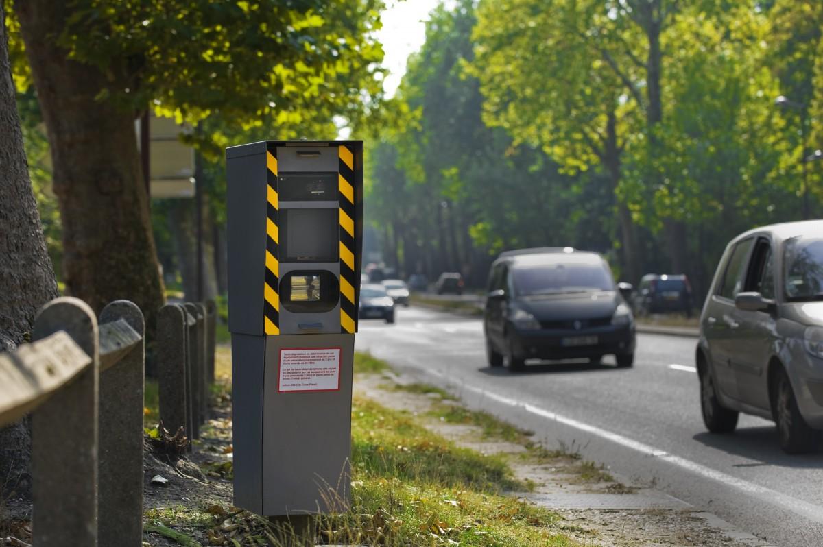 Fixes, embarqués, de feux rouge : tout savoir sur les radars en France