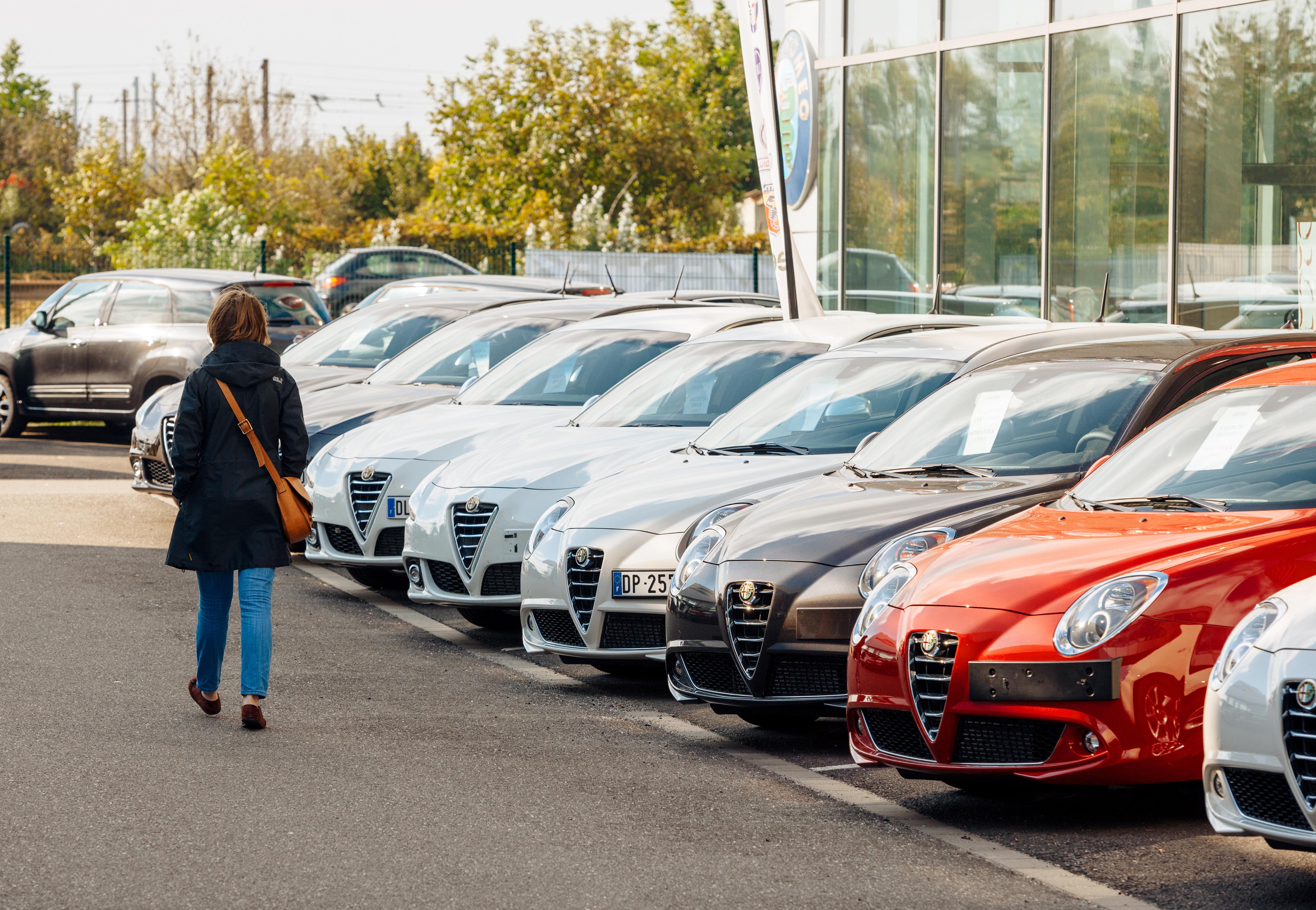 Le nouveau parcours d'achat automobile : la mort des concessions ? Non.