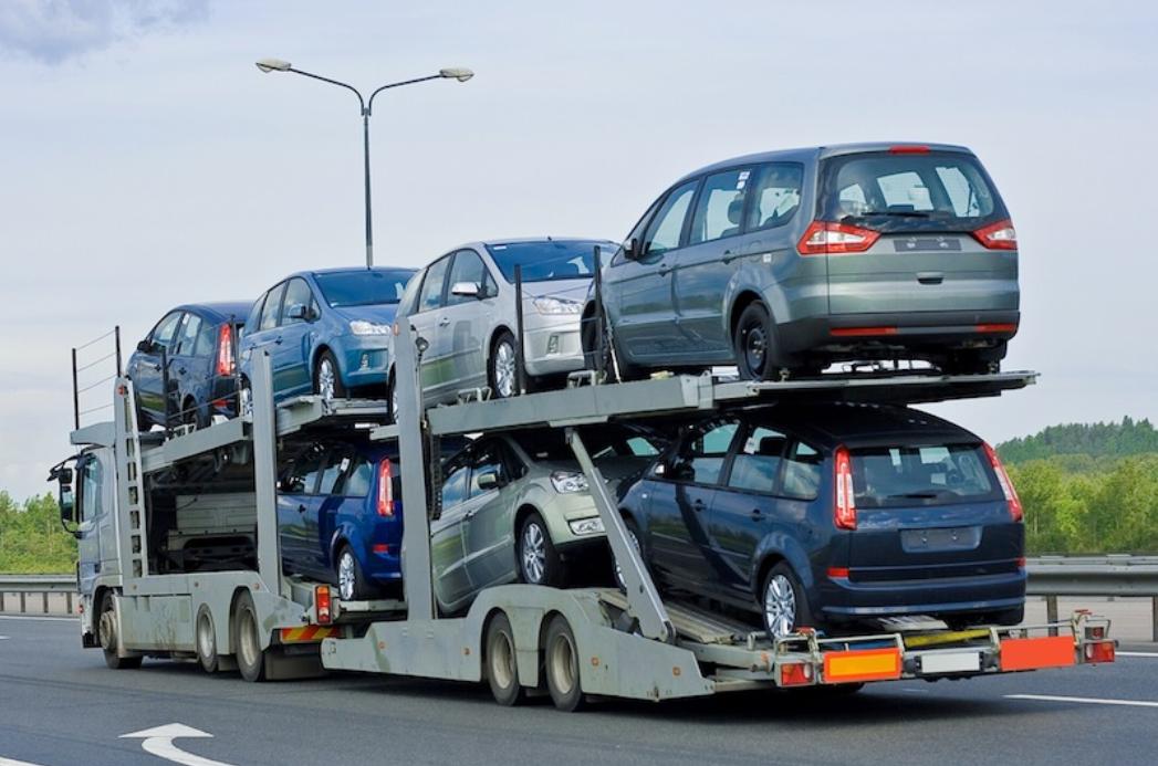 Faites le choix d'un transport par camion: Une solution pratique et économique !